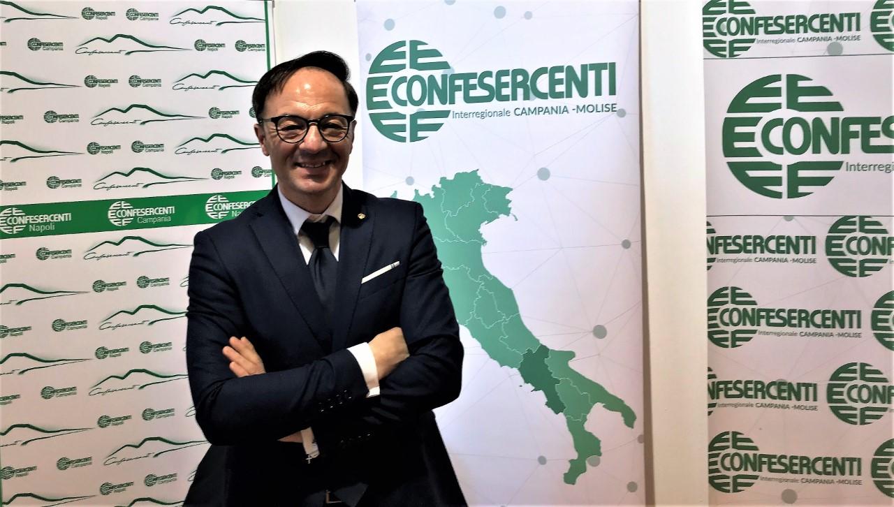 """Confesercenti Campania lancia la pizza solidale: """"500 pasti per i bisognosi, un gesto d'amore in un momento difficile"""""""
