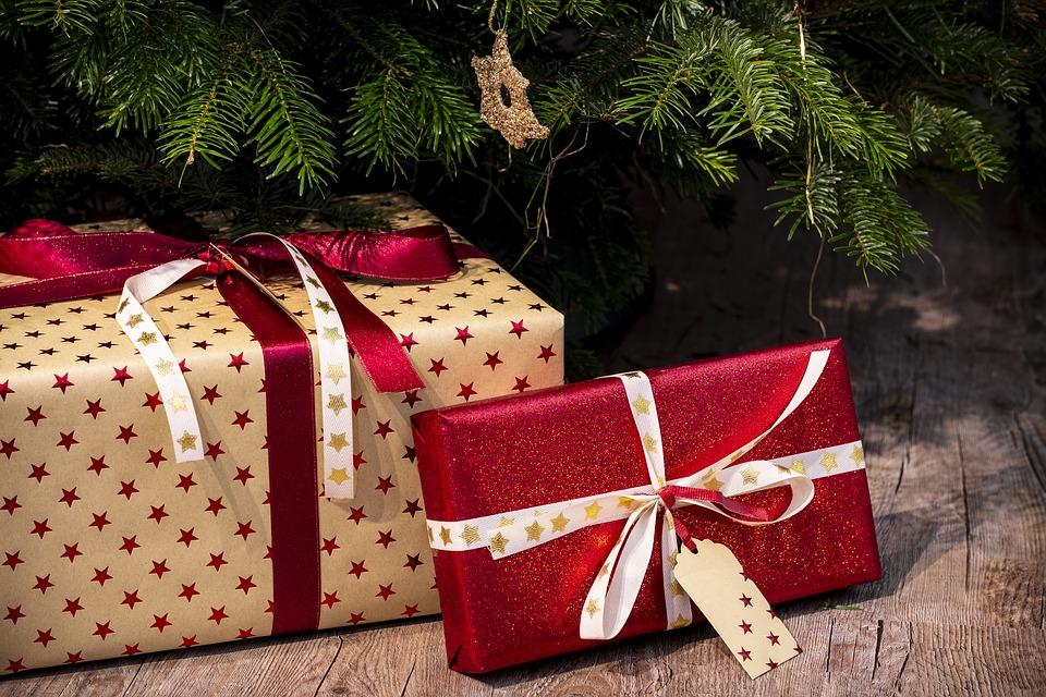 Confesercenti – SWG, shopping natalizio alla fase finale, il 54% degli italiani comprerà regali nei prossimi 10 giorni