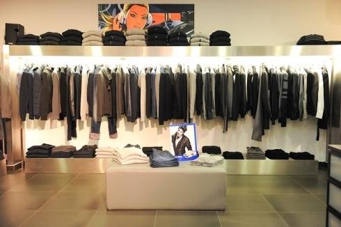 Commercio, Confesercenti: altro prevedibile tonfo per i negozi