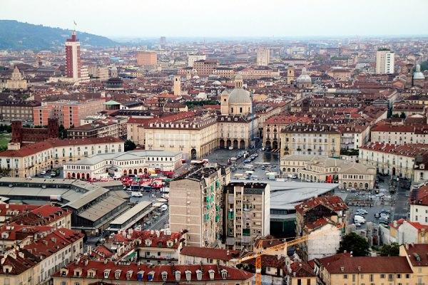 Confesercenti Torino, la stima per il primo trimestre 2021: ancora una volta le più colpite sono le attività di vendita, della somministrazione e del turismo