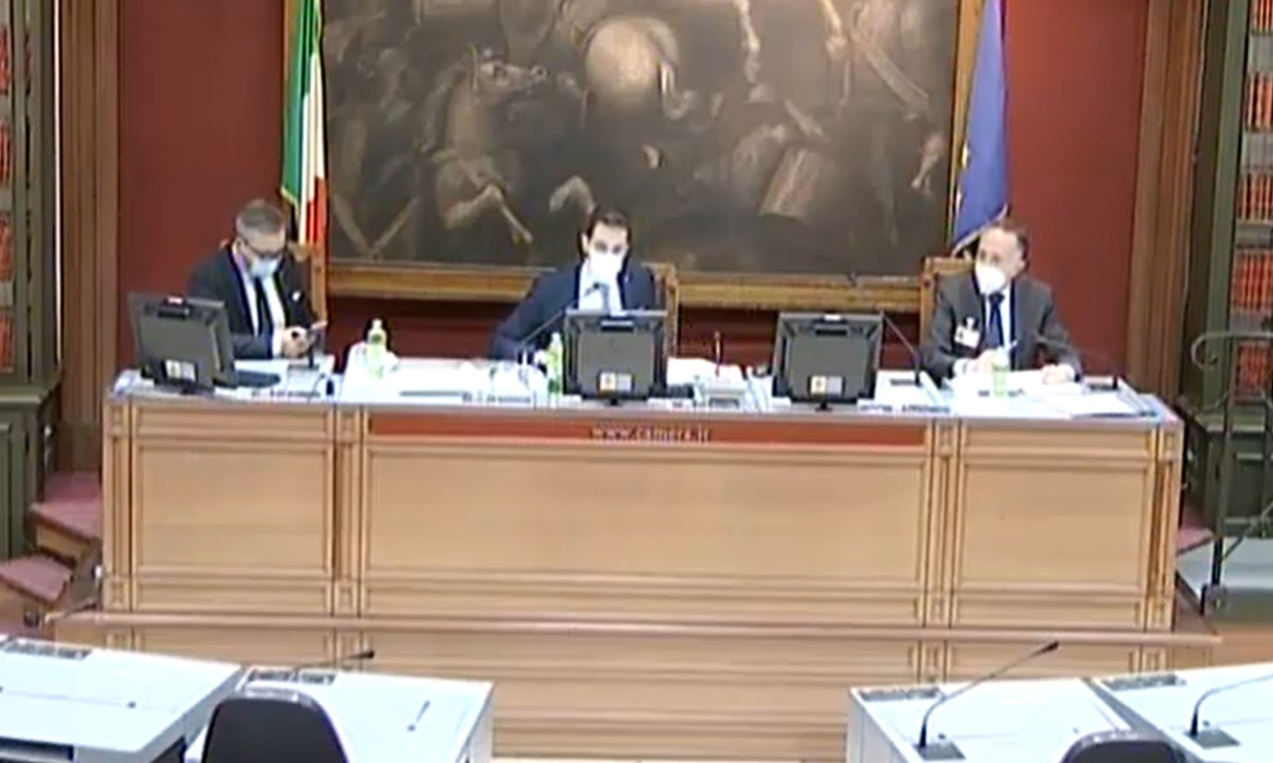 "Recovery Plan, Confesercenti in audizione: ""Necessari interventi su turismo e commercio, riequilibrare concorrenza con on line"""