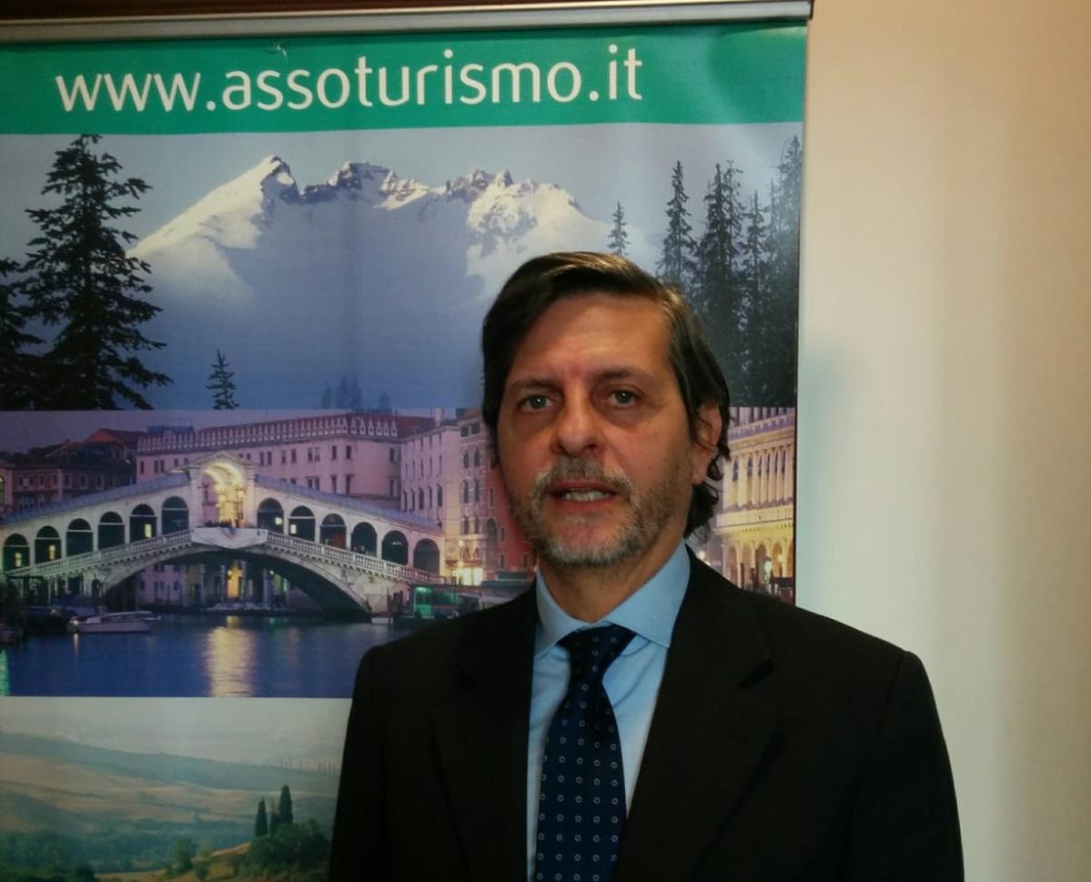 """Turismo, Assoturismo scrive al Governo: """"Priorità a vaccini per operatori turistici"""""""