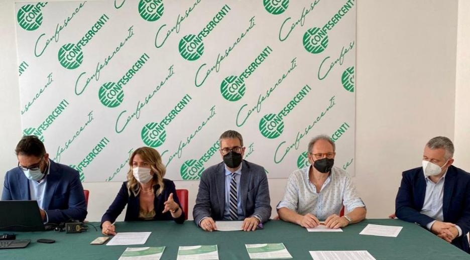 Web e commercio digitale: Confesercenti Arezzo, pronta per sostenere ancora le proprie aziende. Presentato il Marketplace 'Acquistovicino.com'